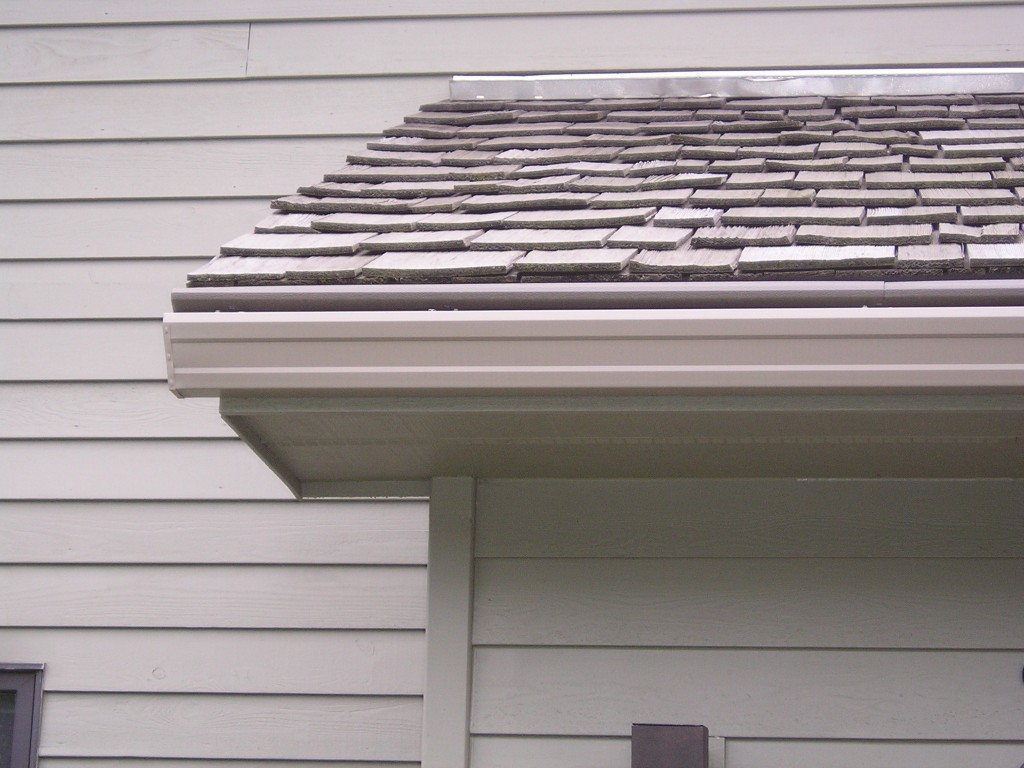 Gutters Eden Prairie MN Signs It's Time for New Gutters